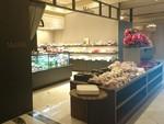 Melissa shop.JPG